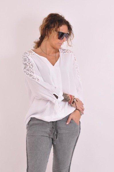 Biała bluzka ze wstawkami koronkowymi