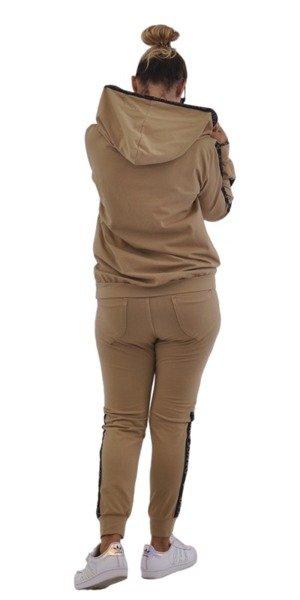 Bluza camelowa z lampasem i kapturem