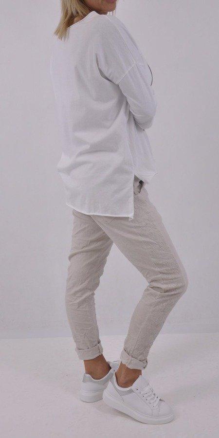 Bluzka biała wzór głowy