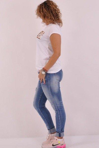 Bluzka biała z napisem AMOUR