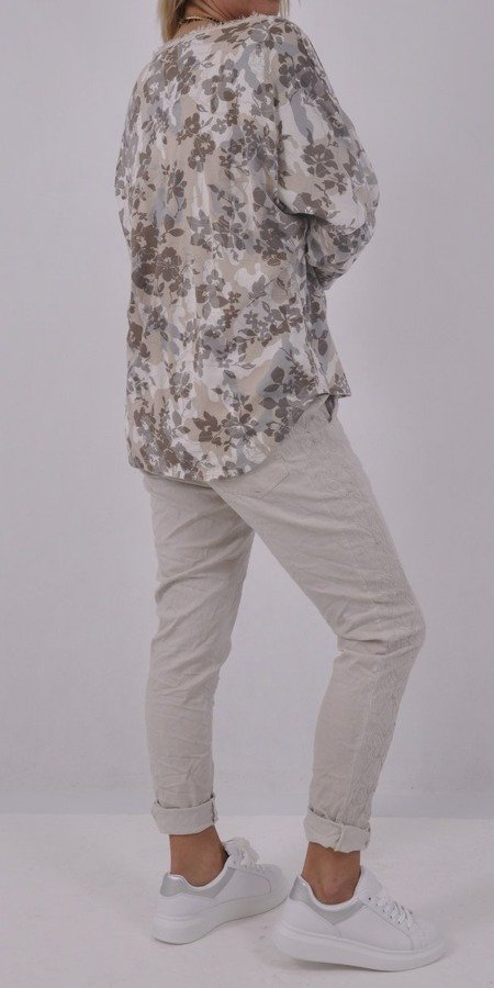 Bluzka w beżowe kwiaty