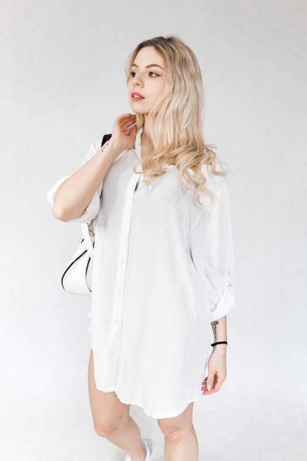 Koszula biała z cyrkoniowym misiem na plecach