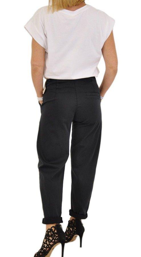 Spodnie czarne z beżowym paskiem M