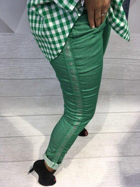 Spodnie  z orginalnym lampasem S.
