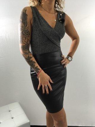 Sukienka czarna skaj