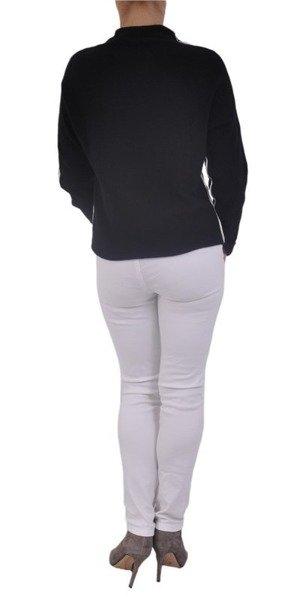 Sweter czarny z białą lamówką