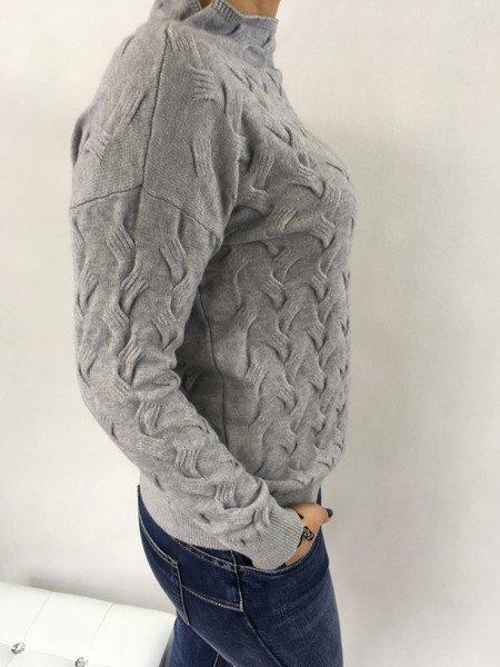 Sweter szary warkocz