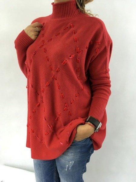 Sweter z tasiemkami